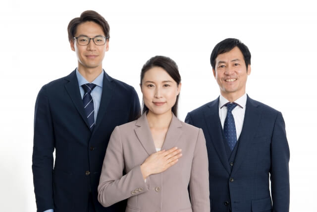 男女3人のビジネスマン
